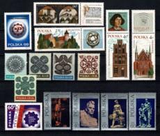 Polska 1971 Yv. 1934, 1935/38, 1539/43, 1544/47**,  Mi 2087, 2088/91, 2092/96, 2097/2100** MNH - 1944-.... République