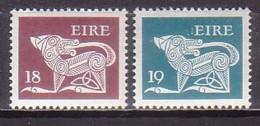 Irland  437/38 , Xx  (K 1894) - 1949-... Republic Of Ireland