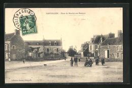 CPA Lanvollon, Place Du Marché Aux Bestiaux - France