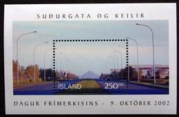 2002Iceland1019/B31Landscape7,00 € - 1944-... Republique