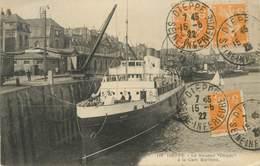 "CPA FRANCE 76 "" Dieppe, La Gare Maritime "" - Dieppe"