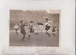 FOOTBALL NORWICH CITY CLAPTON ORIENT JARVIE   20*15CM Fonds Victor FORBIN 1864-1947 - Sports