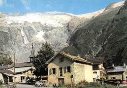 74 .n° 21806 . Tour . Voitures . Village Et Glacier . Vue Generale . Cpsm.10.5 X 15cm . - Altri Comuni