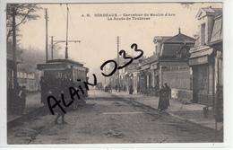 BORDEAUX La Route De Toulouse, Près Barrière, Gros Plan Tram - Bordeaux