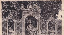 Nancy Fontaine De Neptune (carte Froissée Salissures Cf Scan) - Nancy