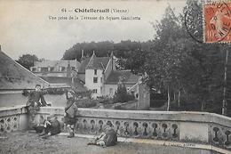 Chatellerault. Vue Prise De La Terrasse Du Square Gambetta. - Chatellerault