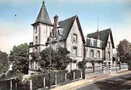 92 .n° 21860 . Chaville . Ecole Familiale L Internat . Vue Generale . Cpsm.10.5 X 15cm . - Chaville