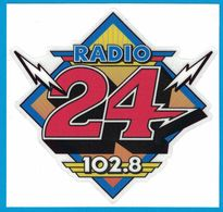 AUTOCOLLANT RADIO 24 102.8 - Pegatinas