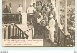 CONAKRY - Affaires De Gomba (1911) - A La Sortie Du Tribunal, Le Wali Est Porté Par Un Garde - Guinée Française