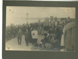 29 Plougastel Daoulas ? Carte Photo Procession Sur Le Pont Louppe , Animée Costume Religion - Plougastel-Daoulas
