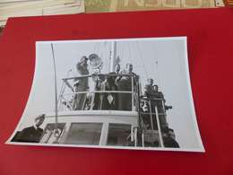 P-111 , Photo ,Mr HUTIN , Dernier Départ Du Maroc, Lors De L'indépendance - Identified Persons