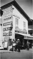 HAUTE SAVOIE...MEGEVE  EN 1935...BUREAU DE TABAC ET PRESSE.................... PHOTO 11X 6.5......PORT GRATUIT - Lieux