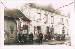 BEAUVAIS : CARTE PHOTO - ROUTE DE PARIS CAFE (PLAQUE EMAILLEE POMPE ESSENCE) - Beauvais