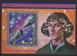 ASTRO 10 - GUINEE EQUATORIALE BFobl.  Copernic Thème Cosmos - Guinée Equatoriale