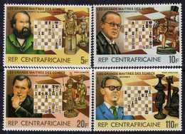 Centrafricaine  N° 573 / 76 XX Grands Maîtres Des échecs. La Série Des 4 Valeurs Sans Charnière, TB - Centrafricaine (République)