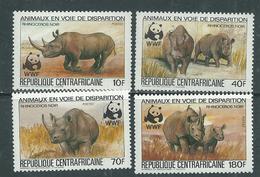 Centrafricaine  N° 608 / 11 XX Animaux En Voie De Disparition  : Rhinocéros : La Série Des 4 Valeurs Sans Charnière, TB - Centrafricaine (République)