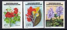 Centrafricaine  N° 643 / 45 XX Flore : Fleurs. La Série Des 3 Valeurs Sans Charnière, TB - Centrafricaine (République)