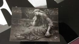 CP - Bretagne : ST TREGONNEC La Madeleine De La Mise Au Tombeau Dans La Chapelle Funéraire - Autres