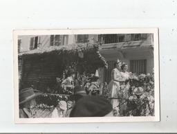 OYONNAX (AIN) CARTE PHOTO DE LA FETE DES FLEURS (CHAR FLEURI MISS ET ACCORDEONNISTES) - Oyonnax