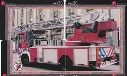 TELECARTE ETRANGERE  ...PUZZLE 4 CARTES...CAMION DE POMPIER - Firemen