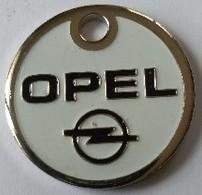 Jeton De Caddie - Automobiles - OPEL - LA ROCHELLE (17) - En Métal - - Jetons De Caddies