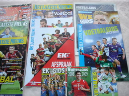 Sport Voetbal  Mooi Lot Van 12 Voetbalgidsen 2013 / 2018 Uitgave HLN - Vita Quotidiana