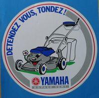 AUTOCOLLANT DETENDEZ VOUS TONDEZ YAMAHA ESPACE VERT - Pegatinas