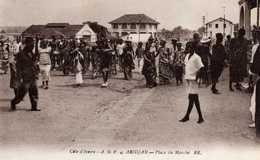 CÔTE-D'IVOIRE ( A.O.F )   ABIDJAN  Place Du Marché - Côte-d'Ivoire