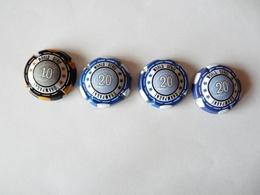 A Vendre 4 Capsules De Champagne Générique Jeton De Poker - Andere