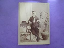 GRAND CDV JEUNE GARCON COSTUME COMMUNION - Ancianas (antes De 1900)