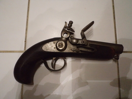 Revolver à Silex Sans Poincon Ni Marque Long 21 Cm Fonctionne Tres Bien - Armi Da Collezione
