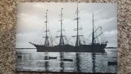 CPSM BATEAU VOILIER 4 MATS HAMBURG SCHULSCHIFF PAMIR AUF DER UNTERELBE ED K W H 101 - Segelboote
