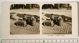 PHOTO STÉRÉO - PARIS, Le Chiffonier Typique. Editeur: Neue Photographische Gesellschaft A. G., Steglitz-Berlin 1906 - Stereoscopic