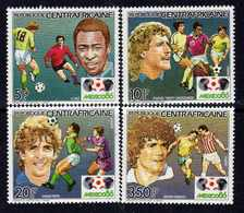 """Centrafricaine N° 702 / 05 XX """"Mexico'86"""", Coupe Du Monde De Football, La Série Des 4 Valeurs Sans Charnière, TB - Centrafricaine (République)"""