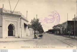 TUNISIE  FERRYVILLE  La Poste Et L' Avenue De France   ..... - Tunisia