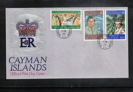 Cayman Islands 1977 Queen Elisabeth II Silver Jubilee FDC - Emissions Communes