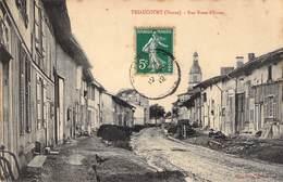 TRIAUCOURT - Rue Basse-d'Evres Peu Courant - Autres Communes