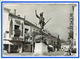 24739  CPM  REMIREMONT  : Monument Du Volontaire De 1792 ; Par Choppin !! Jolie Carte Photo !! ACHAT DIRECT !! - Remiremont