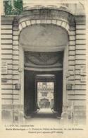 Paris Historique Portail De L' Hotel De Beauvais 62 Rue Saint Antoine  RV - Arrondissement: 04