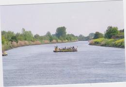 Wichelen - Deelgemeente Schellebelle - Met Veerboot Over De Schelde - Wichelen
