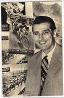 Jacques ANQUETIL Sur Carte PUB - CYCLES ET ACCESSOIRES CHARLES PÉLISSIER, PARIS XVIème - Souvenir Du Tour De France 1949 - Radsport