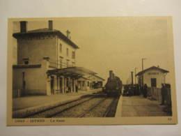 "Cpa ISTRES (13)  La Gare ""arrivée Du Train"" - Istres"