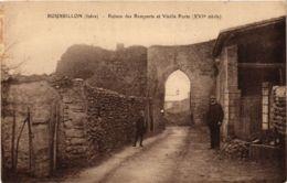 CPA Roussillon - Ruines Des Remparts Et Vieille Porte FRANCE (961795) - Roussillon