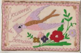 Carte Bordée : Souvenir De Lorraine ( Hirondelle Portant Un Courier , Et Fleurs Sur Cpa Militaire - Borduurwerk