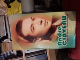 Cd  4 Cd Dans Coffret Avec Livret Andre Claveau Le Coffret Aux Souvenirs - Compilaties