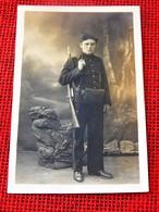 MILITARIA - UNIFORMES  -   Soldat Belge   En Uniforme - Uniformi