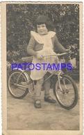 129798 REAL PHOTO GIRL WITH BICYCLE BIKE POSTAL POSTCARD - Fotografie