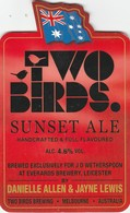 J.D.WETHERSPOON  (ENGLAND) - TWO BIRDS SUNSET ALE - PUMP CLIP FRONT - Letreros