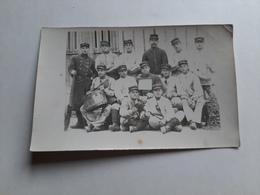 Photo Militaire Groupe Avec Tambour Fontvannes Le 19 Septembre 1918 - Personaggi