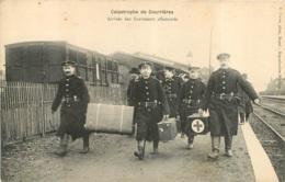 CATASTROPHE DE COURRIERES ARRIVEE DES SAUVETEURS ALLEMANDS - Other Municipalities